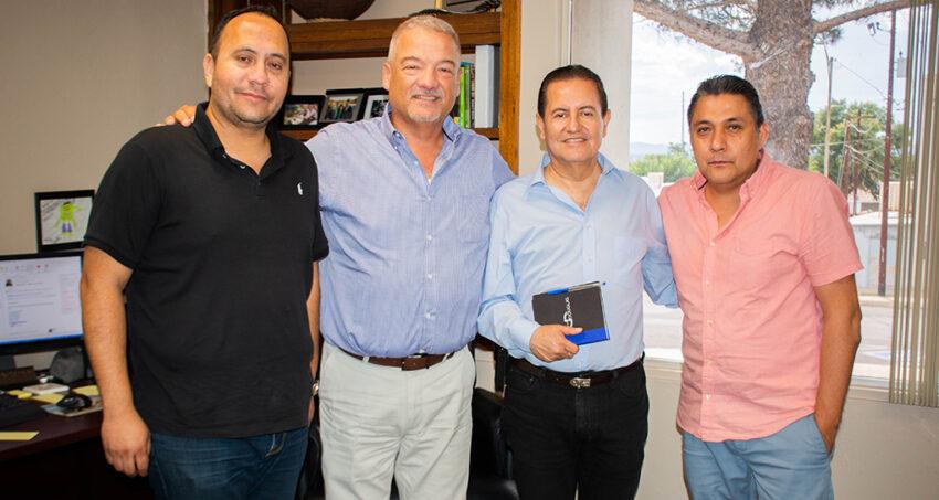 Alfonso Montaño Durazo se reúne  con autoridades de Douglas